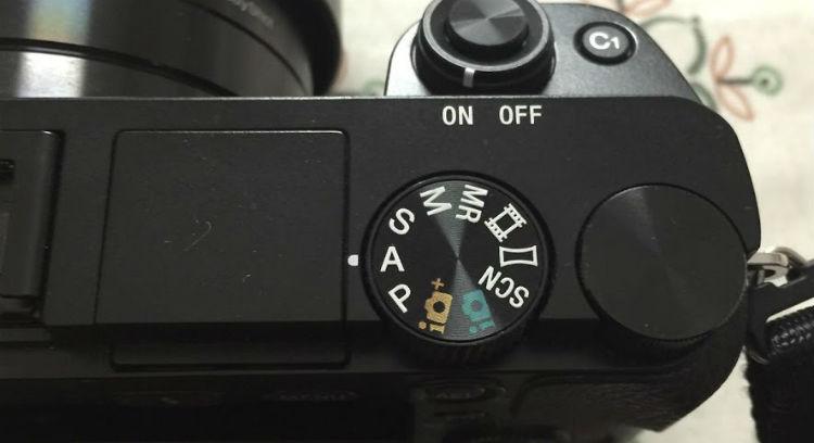 カメラのモードダイヤル