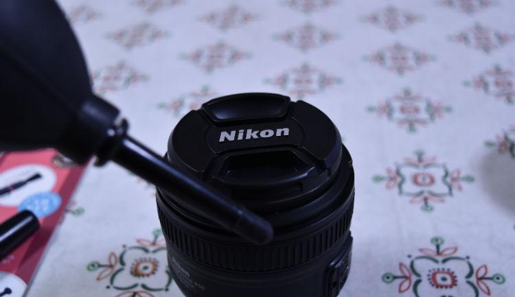 レンズペン3でレンズのお掃除はブロアーから