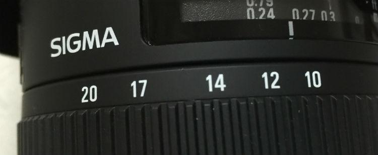 10mmから20mmの焦点距離の場合の記載はコレ