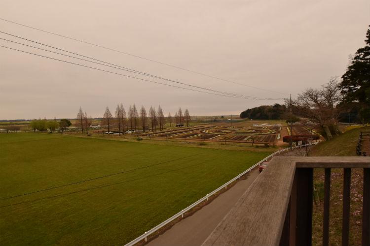 あけぼの山農業公園はどんより曇り空