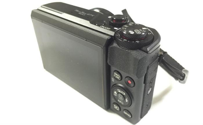 PowerShot G7X Mark2背面側