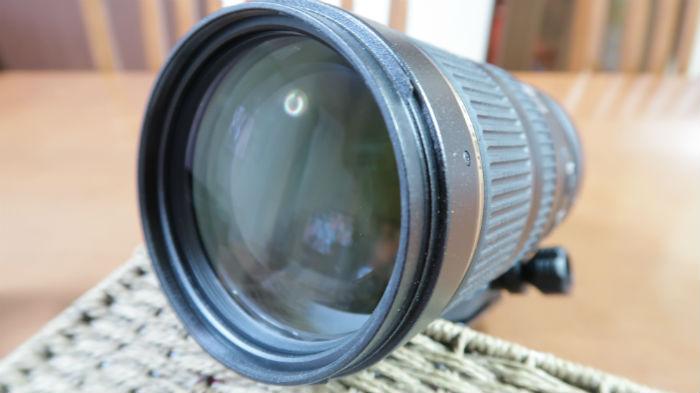レンズ口径は77mm