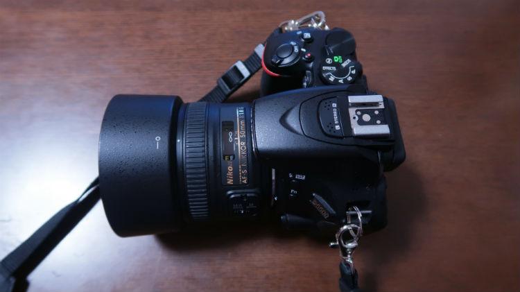 D5500カメラ本体とレンズ