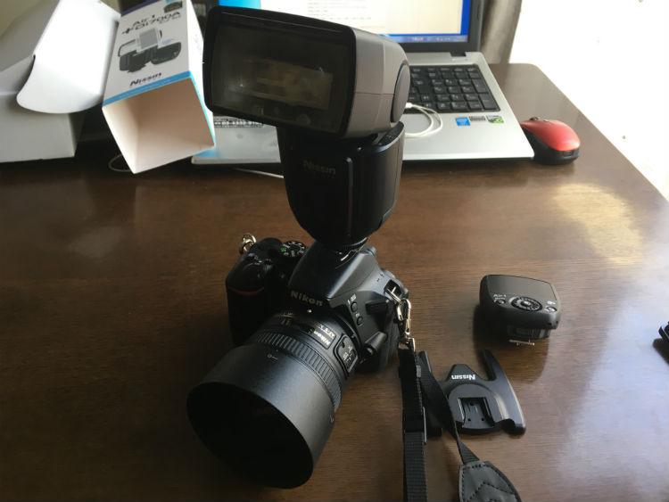Di700Aをカメラに装着