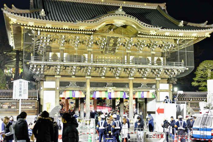 成田山の総門
