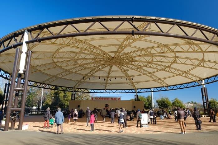 船橋アンデルセン公園のステージ